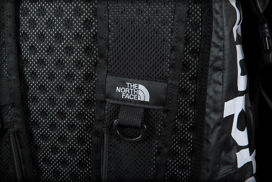 SS17♡Supreme×TNF WATERPROOF BACK PACK♡