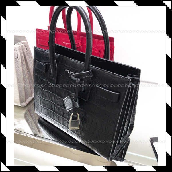 SALE!!【国内発送】SaintLaurent★BABY SAC DE JOUR 2wayバッグ