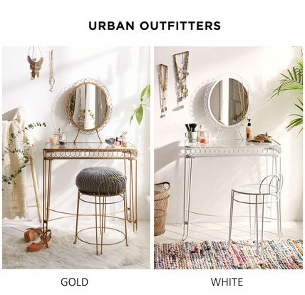 Urban Outfitters 家具・収納 Urban Outfittersメイクアップドレッサー鏡台ホワイト/ゴールド