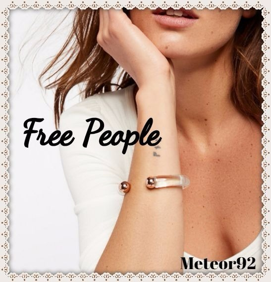 送料込★Free People★Lucite Metal Open Cuff*カフブレスレット