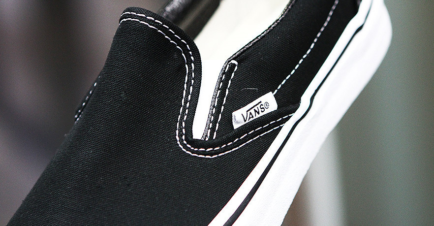 ◆VANS(バンズ)◆ VANS AUTHENTIC TRUE WHITE VN-OEYEBLK