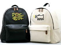 白と黒 COACHxKeith Haring BACKPACK IN PEBBLED LEATHER