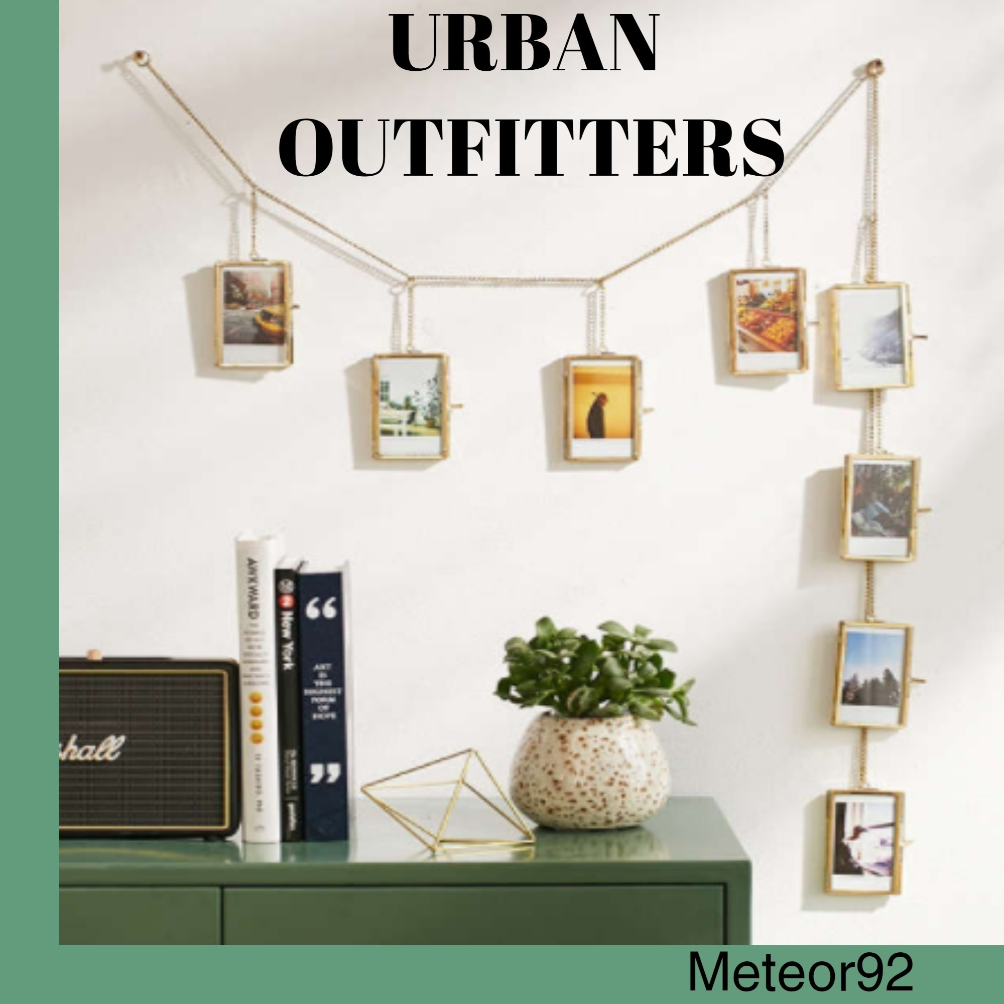 ★Urban Outfitters★Francis * フォトフレームバナー