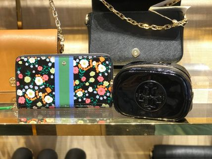 Tory Burch ポーチ SALE! TORY BURCH★STACKED PATENT SMALL COSMETIC CASE(4)