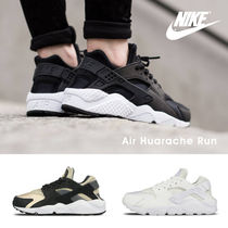 『Nike-ナイキ-』Air Huarache Run Shoe 〔634835〕エアハラチ