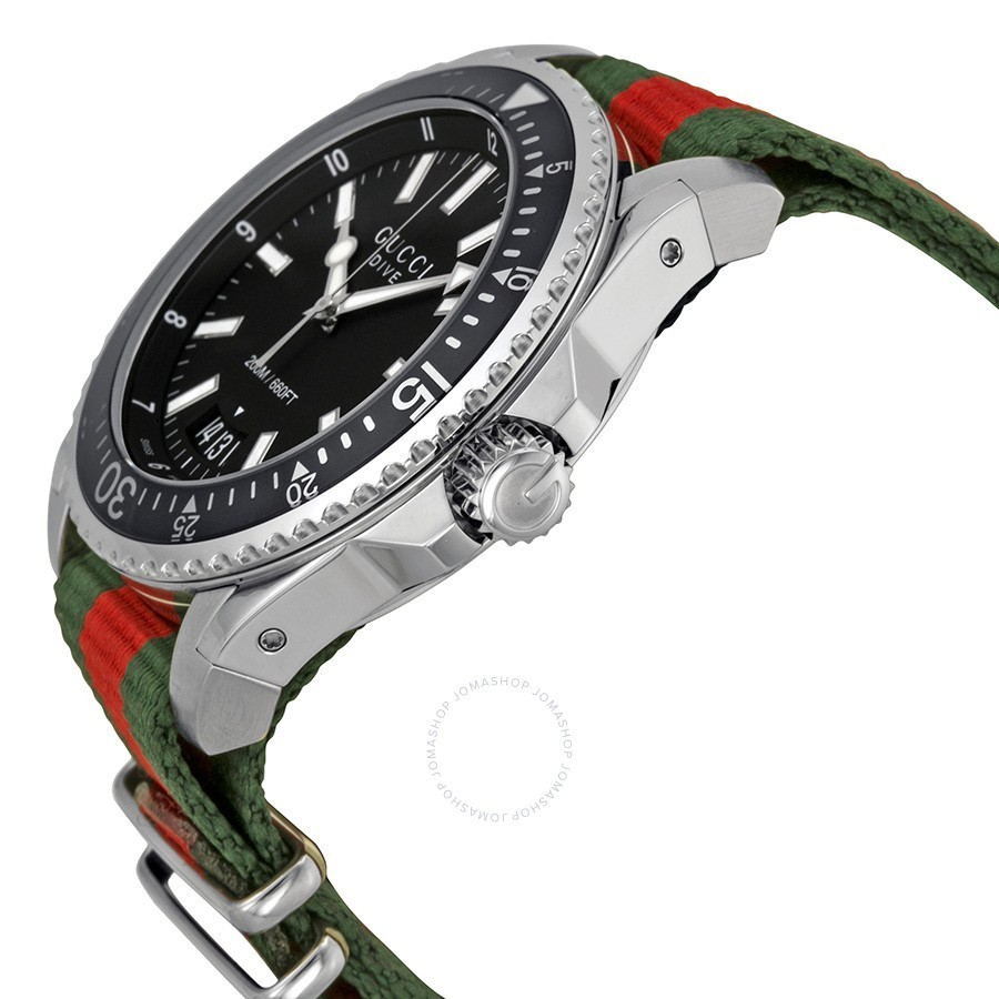 GUCCI メンズ Dive Black Dial Red and Green Nylon 腕時計