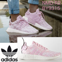 ● adidas ● 人気! レディース NMD R2 BY9315 ピンク 即発