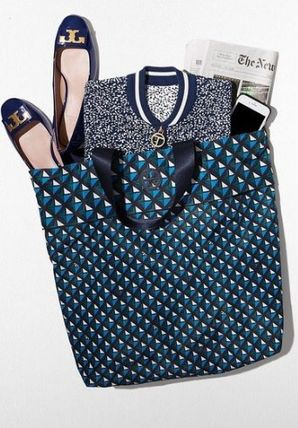 Tory Burch たためるトート Nylon Packable Tote
