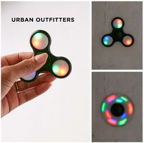 Urban Outfitters☆ライトアップLED☆ハンドスピナー