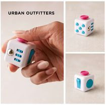Urban Outfitters☆ライトアップLED☆Fidget Cube