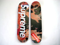 入手困難!17Supreme Blood and Semen Skateboardスケートデッキ