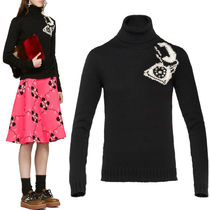 MM313 PHONE EMBELLISHED VIRGIN WOOL TURTLENECK SWEATER