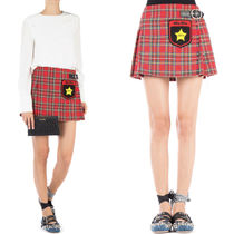 MM318 TARTAN CHECK BUCKLED MINI SKIRT WITH APPLIQUE