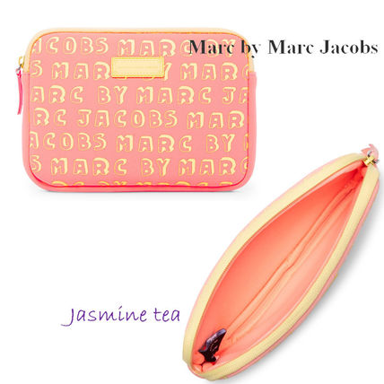 Marc by Marc Jacobs スマホケース・テックアクセサリー ★セール/即発♪★Marc by Marc Jacobs Mini Neopreneケース★