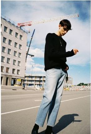 ANDERSSON BELL デニム・ジーパン 日本未入荷ANDERSSON BELLのLEICESTER CROP JEANS 全2色(4)