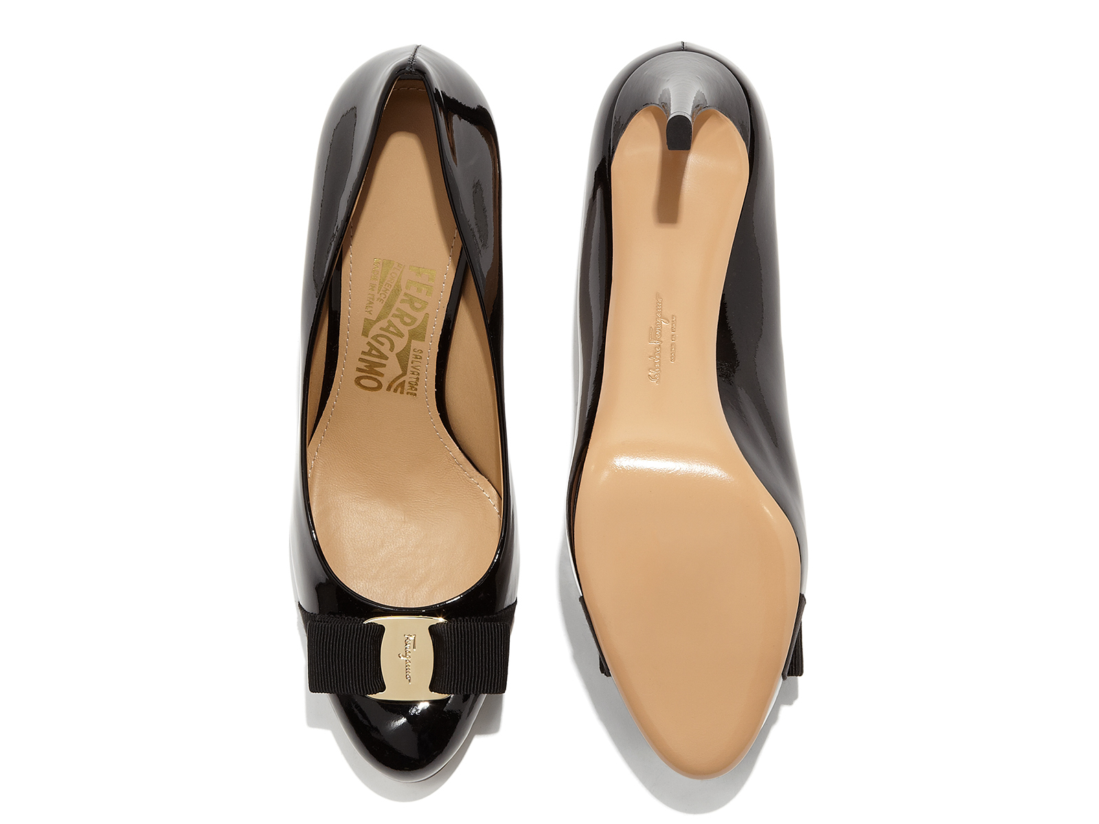 【送料込】Salvatore Ferragamo♪Platform Pump with Vara Bow