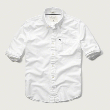 Abercrombie & Fitch シャツ MUSCLE FIT  POPLIN SHIRT  シンプルなホワイトのシャツ!