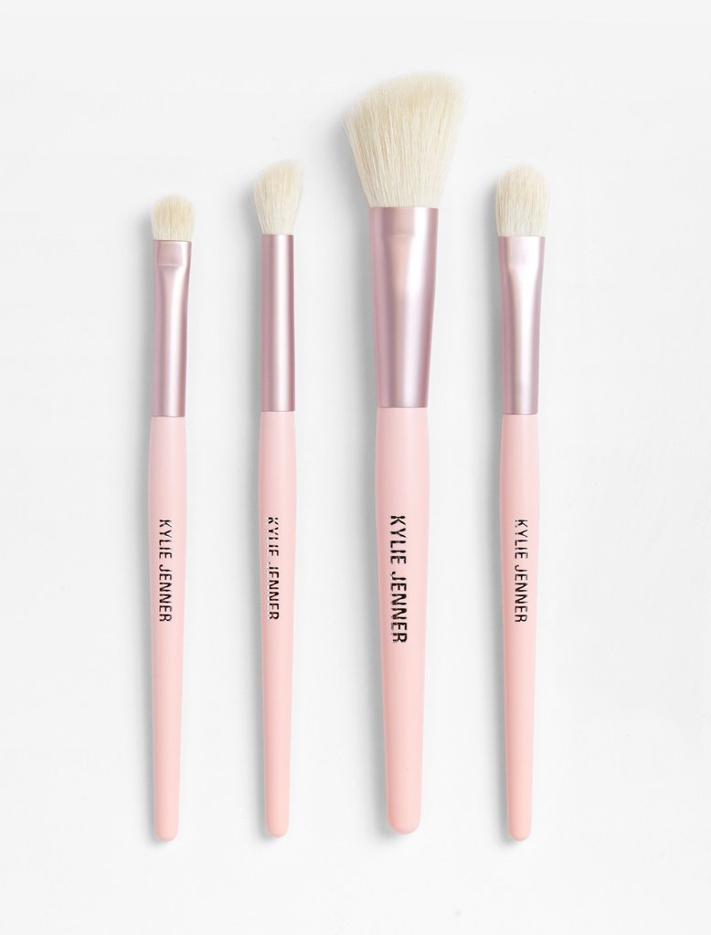 THE BIRTHDAY COLLECTION KYLIE 4PC BRUSH SET+MAKE UP BAG