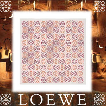 17AW☆LOEWE☆白/赤 90×90 Anagram All Over スカーフ シルク