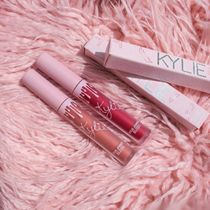 ★KYLIE COSMETICS★限定リップグロス2本セット