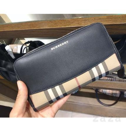 VIPセール♪Burberry♪ Zip around wallet♪ブラック