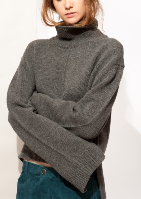 【CELINE】Slate high neck sweater structured wool