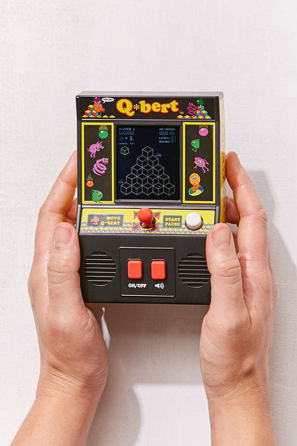 Urban Outfitters☆Classic Q*bert Hand Held Game☆
