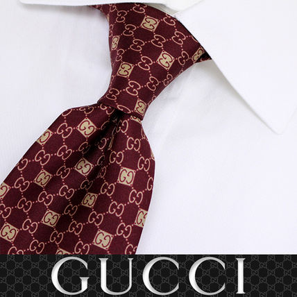 GUCCI ネクタイ 38 GUCCI グッチ 新品本物 総柄 ワインレッド SILK100% ネクタイ