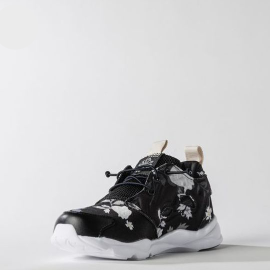 (リーボック) REEBOK KIDS SHOES FURY LITE GRAPHIC BS7560