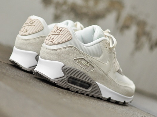 ☆セール☆Nike Women's Air Max 90 Leather Brown/Sail