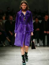 PR771 LOOK35 STUDDED SHEARLING FUR TRENCH COAT