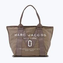 MARC JACOBS  NEW LOGO SMALL TOTE M0011222 063