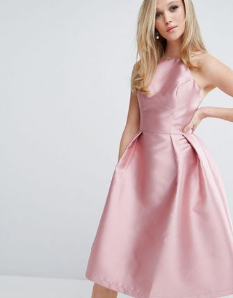 ☆SALE☆Chi Chi London Structured Satin Prom Dress.
