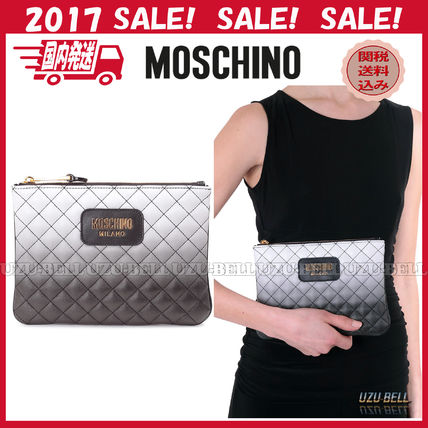 ★関税送料込★ 国内発送 MOSCHINO Quilted degrade clutch bag