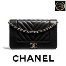 17AW新作 関税込 直営買付*CHANEL チェーンウォレット