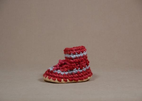 【 Padraig Cottage 】★ Baby Slippers / Red Stripe