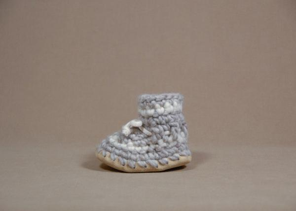 【 Padraig Cottage 】★ Baby Slippers / Grey Stripe