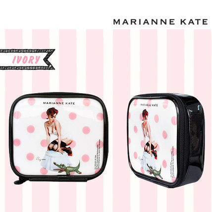 ★Marianne kate★Hello Ladies Multi Pouch (M)ivory
