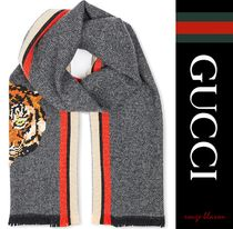 【国内発送】GUCCI スカーフ Tiger-needlepoint scarf