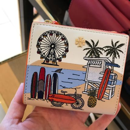 Tory Burch ★可愛い刺繍柄ミニ財布★EMBROIDERED MINI WALLET