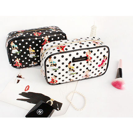 ★Marianne kate★韓国直送料込★Pin Up Girl Party Pouch(bk)