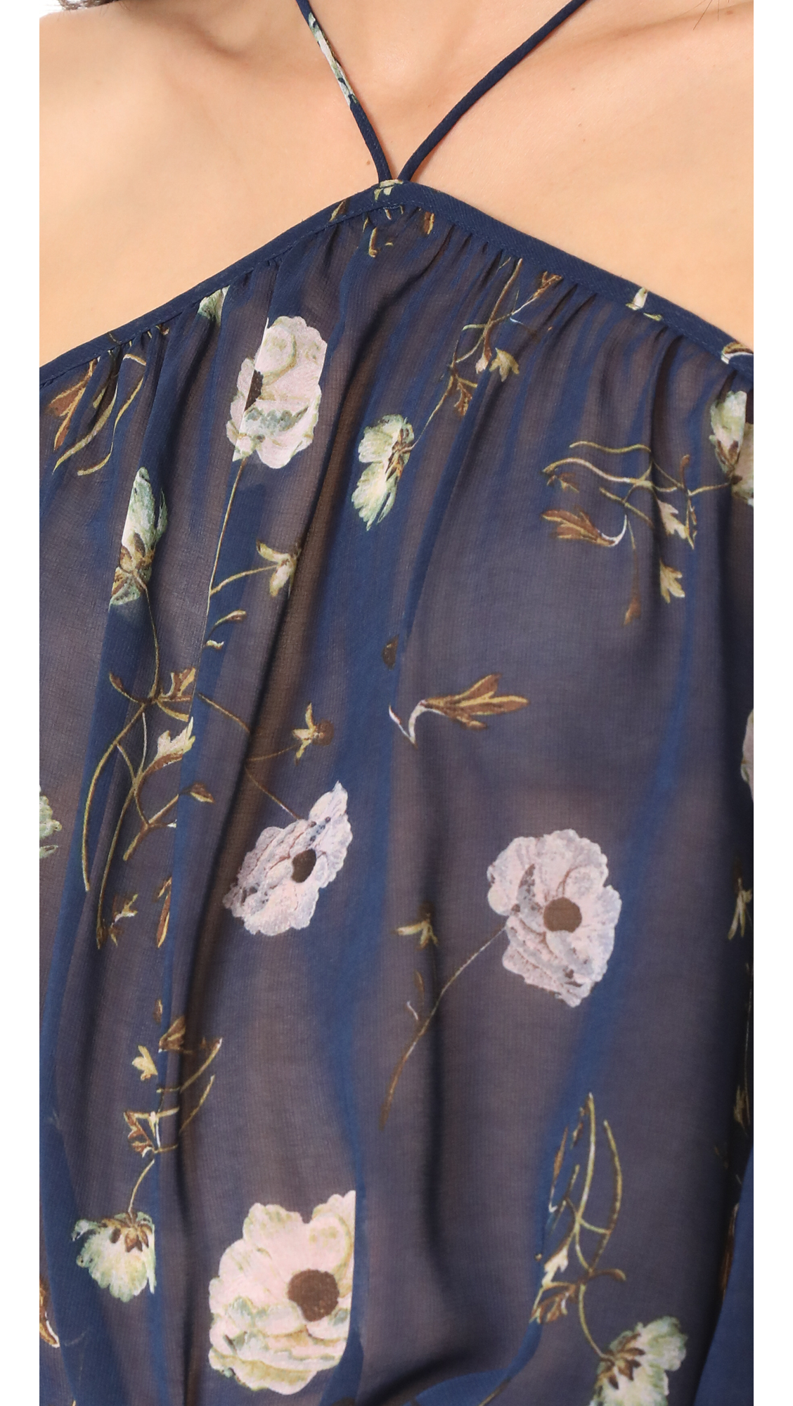 日本未入荷 Madeline Camellia Printed Off Shoulder Top 関送込