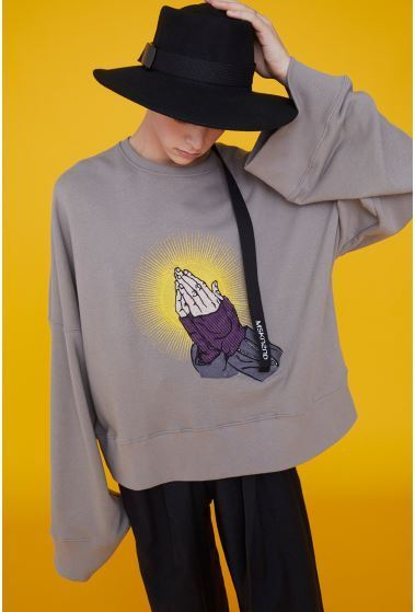 日本未入荷MSKN2NDのPRAYER HANDS SWEATSHIRT 全3色