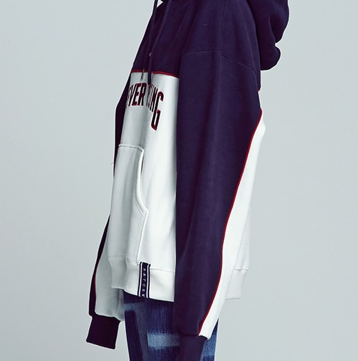 韓国の人気【ROMANTIC CROWN】Forever Young Piping Hoodie Uni