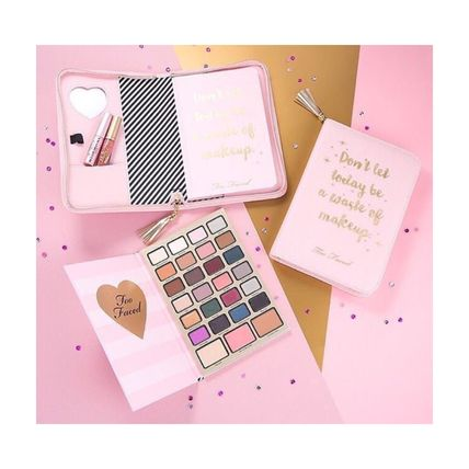 ★Too Faced★ Boss Lady Beauty Agenda ホリデー メイクセット