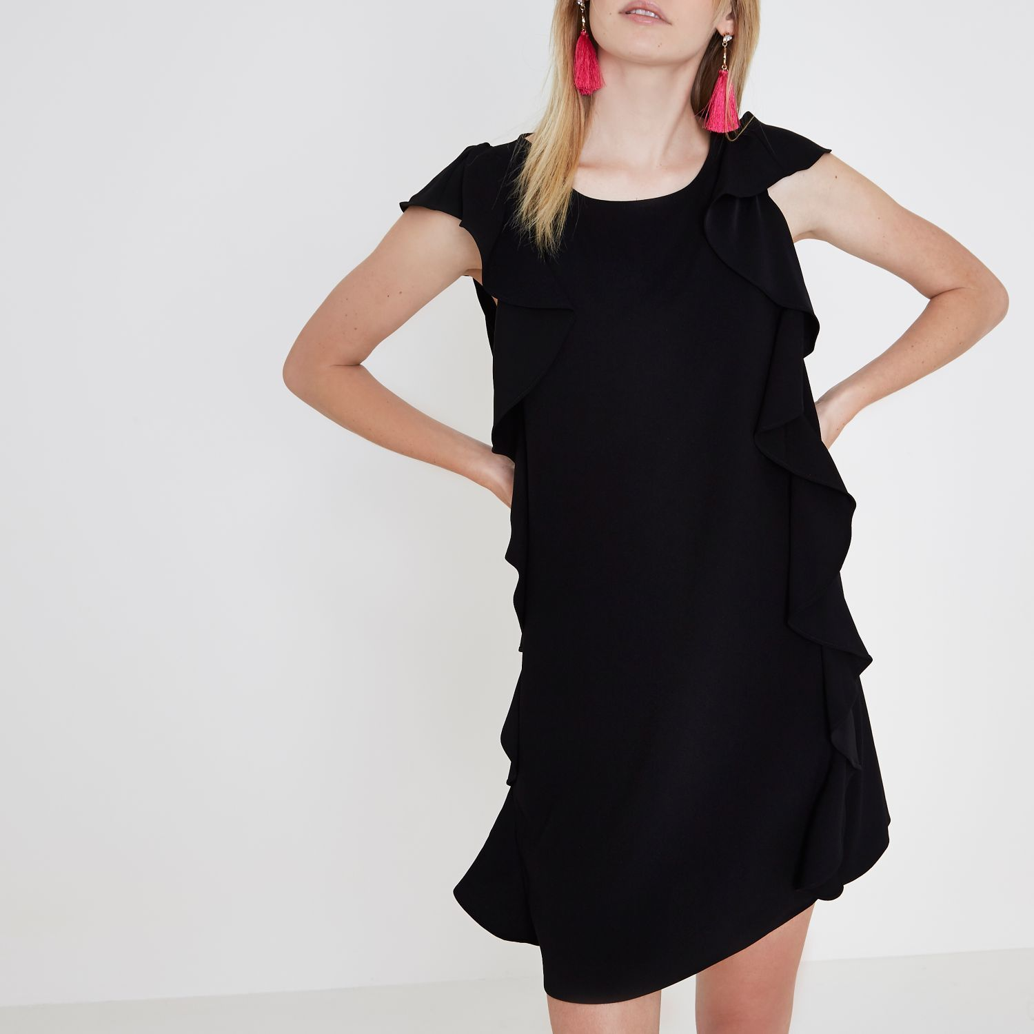 【海外限定】RiverIslandワンピ☆Black frill side sleeveless s