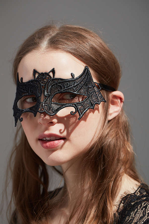 Urban Outfitters☆Lace Bat Masquerade Mask☆Helloween☆