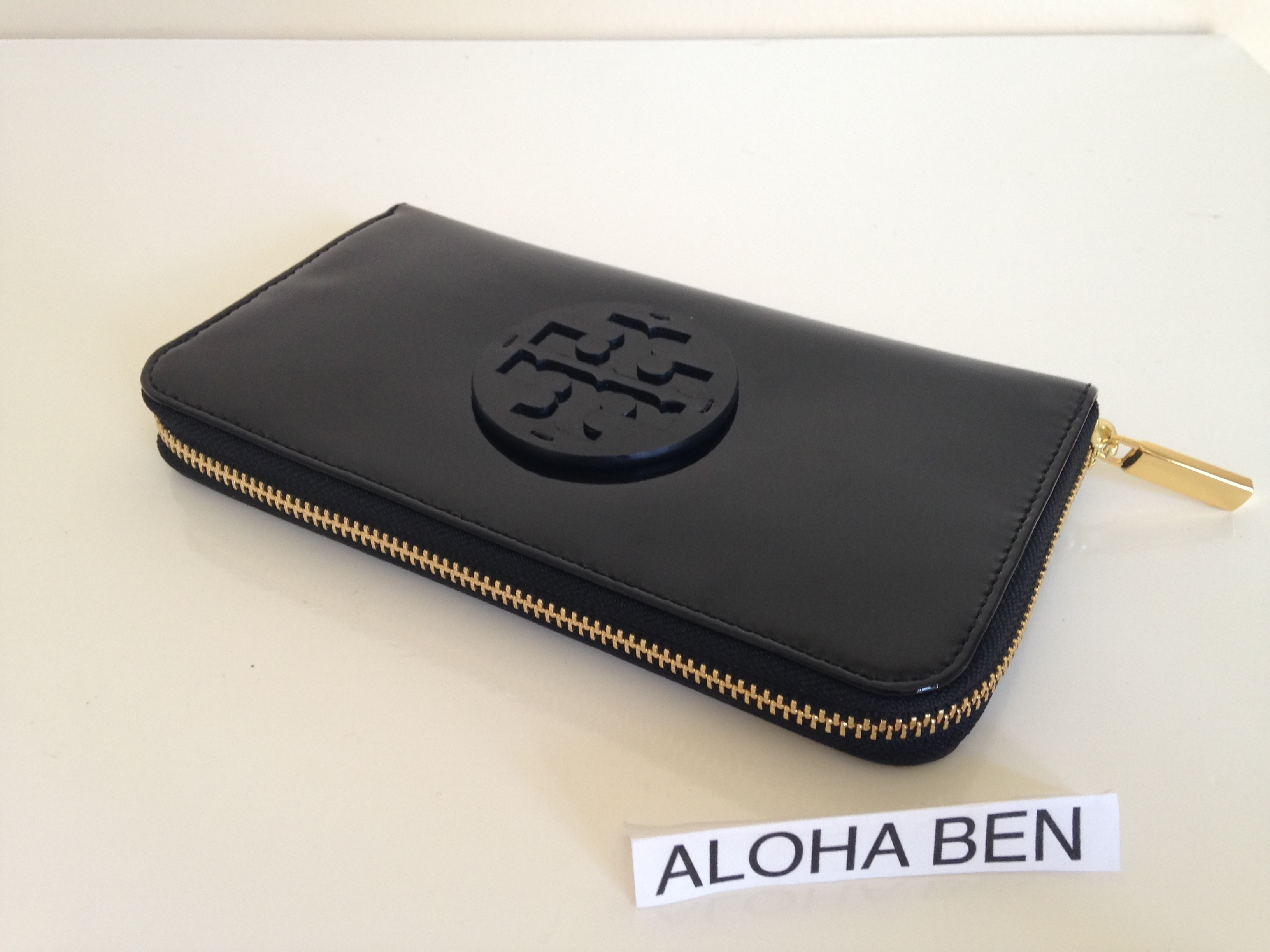 TORY BURCH STACKED PATENT ZIP CONTINENTAL WALLET 即発送