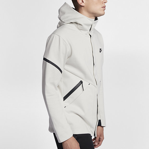 【送料込み】メンズ NIKE SPORT TECH FLEECE REPEL WINDRUNNER