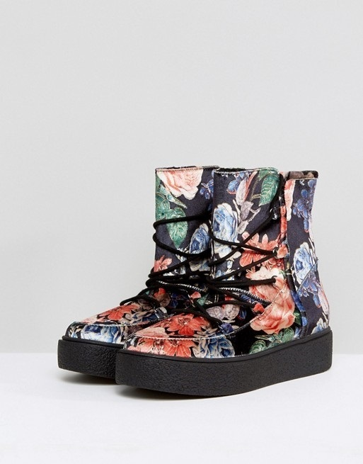 ASOS ALARNA Lace Up Snow Boots♪2色